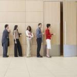 Где самые высокие зарплаты для молодежи?