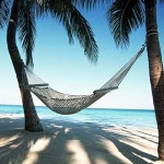Каждый восьмой россиянин изменил планы на отпуск из-за коронавируса