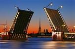 Средняя зарплата в Санкт-Петербурге составила 34 400 рублей